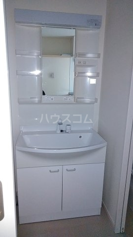 リバーサイドブリーズ 7号室の洗面所