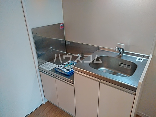 ラ・セレッソ 103号室のキッチン