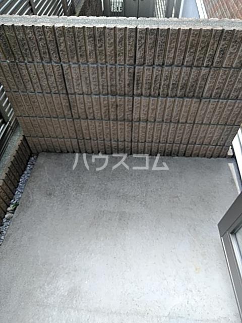 ラ・セレッソ 103号室のバルコニー