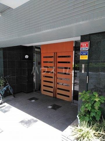 菱和パレス高輪TOWER 405号室のエントランス