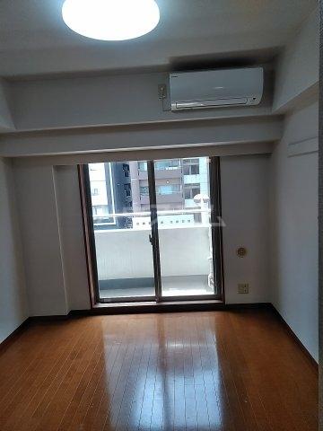 菱和パレス高輪TOWER 405号室のリビング