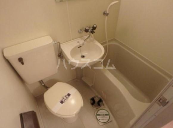 アーク雪ヶ谷 102号室の風呂