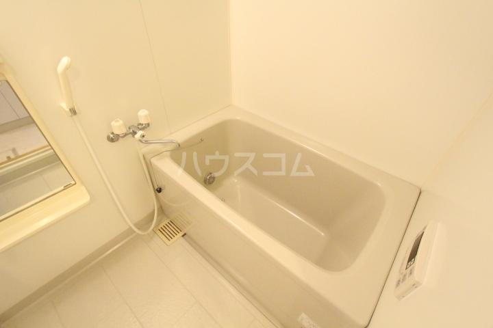 クレセントヒルズ 405号室の風呂