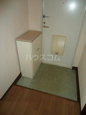 メゾン野見山台ⅡA棟 201号室の玄関