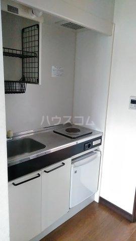 光ハイツ B201号室のキッチン