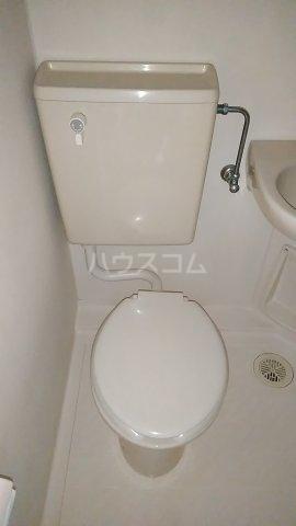 光ハイツ B201号室のトイレ