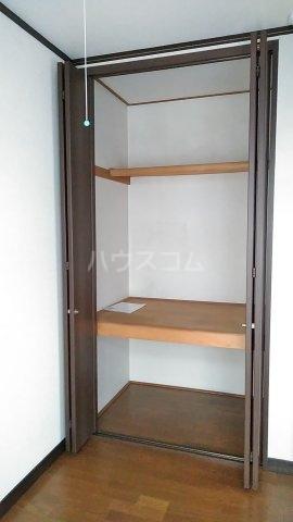 光ハイツ B201号室の収納
