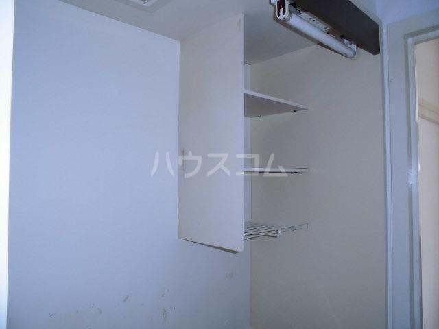 コスモ21梅坪Ⅱ 201号室の収納