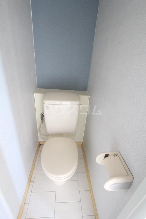 i-room丸山町 103号室のトイレ