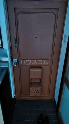 北川ハイツ 303号室の玄関