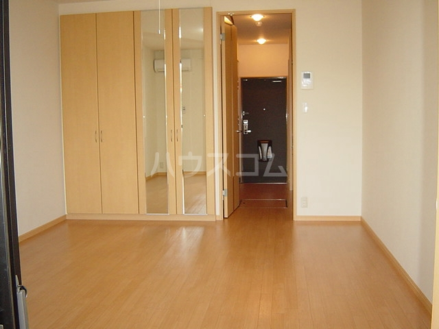 magnolia 207号室のベッドルーム