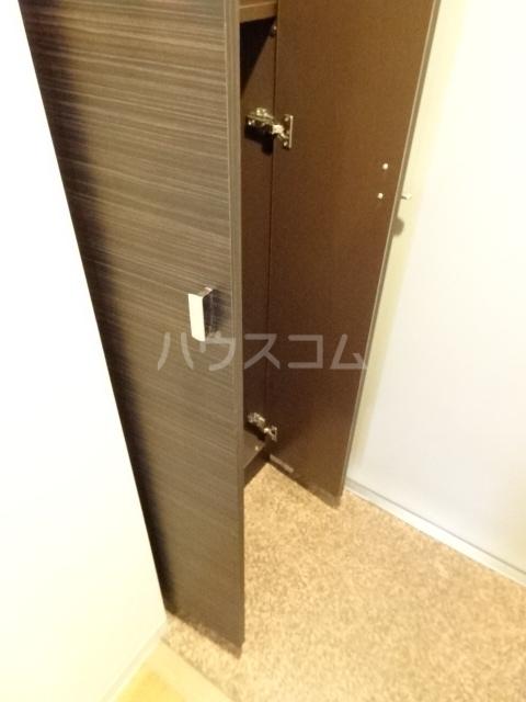 PARQUE HIMORI 206号室の玄関