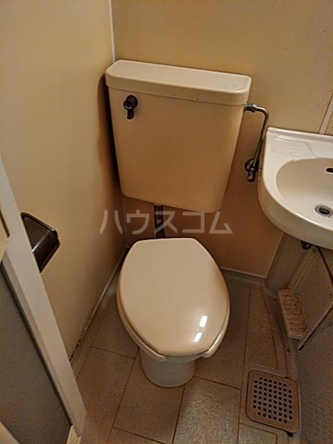 フリージア 105号室のトイレ