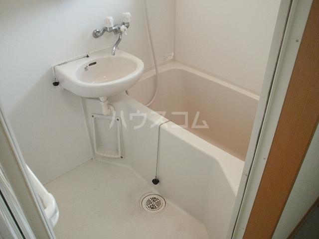 柿本ヒルズ 5号室の風呂