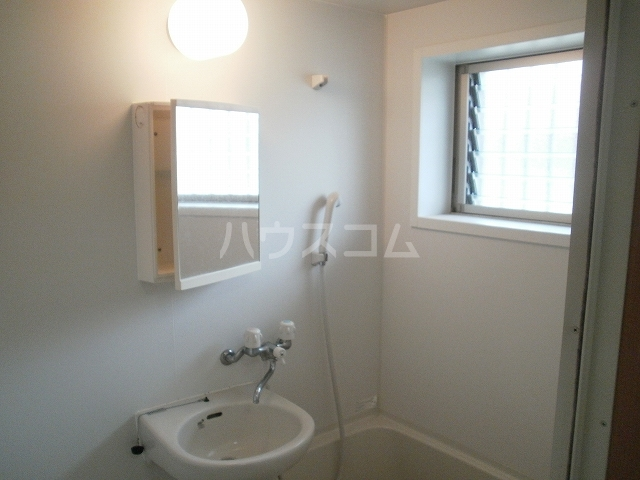 柿本ヒルズ 5号室の洗面所