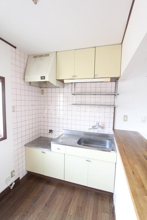シャーウッドMI 203号室のキッチン