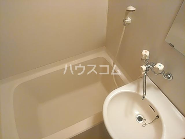 アサヒハイツ 102号室の風呂