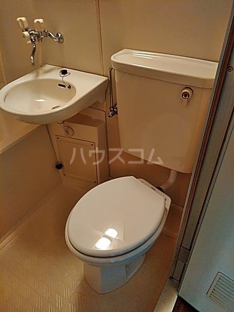 アサヒハイツ 102号室のトイレ
