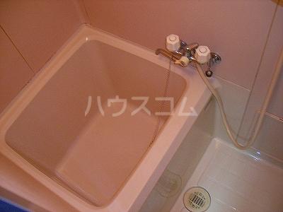 ドミールKEI 1B号室の風呂