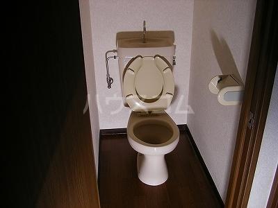 ドミールKEI 1B号室のトイレ
