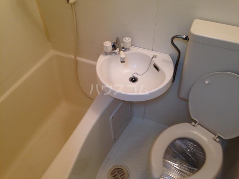 メゾン桑田パートⅡ 203号室の風呂