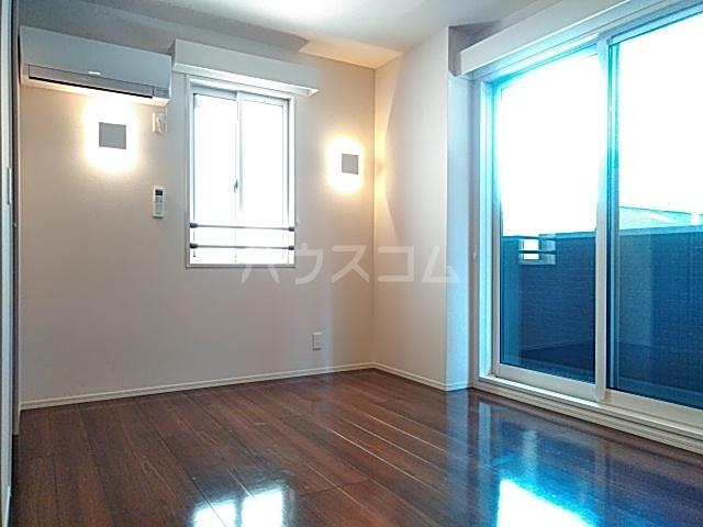 チェリーコートⅣ 301号室の居室