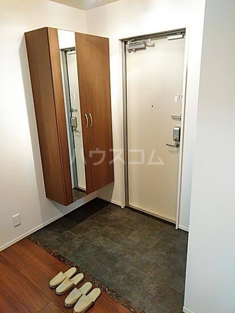 チェリーコートⅣ 301号室の玄関