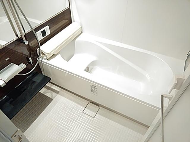チェリーコートⅣ 301号室の風呂