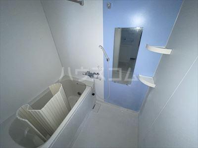 新井ビル 303号室の風呂