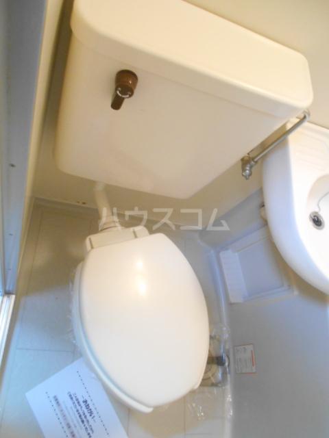 アクシス豊田 202号室のトイレ