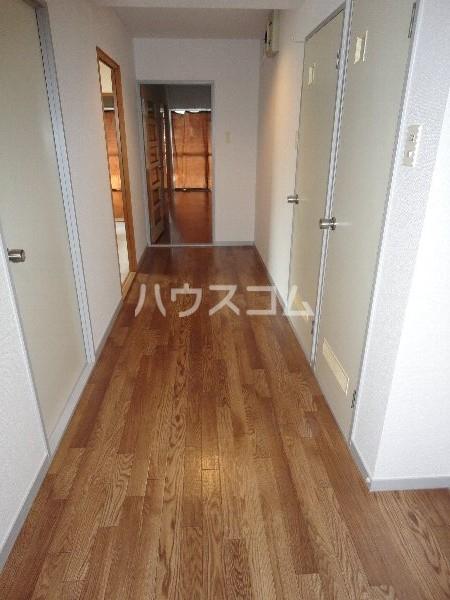 第2みゆきビル 103号室の玄関