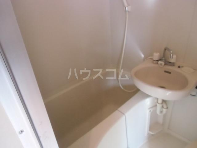 Ville赤羽 202号室のトイレ
