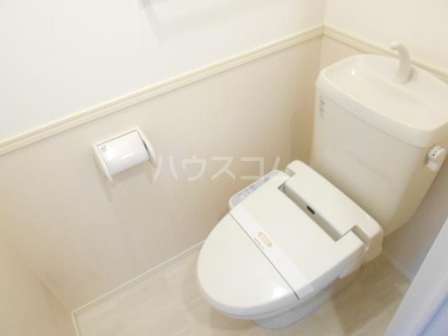 クリーンリバー小坂 101号室のトイレ