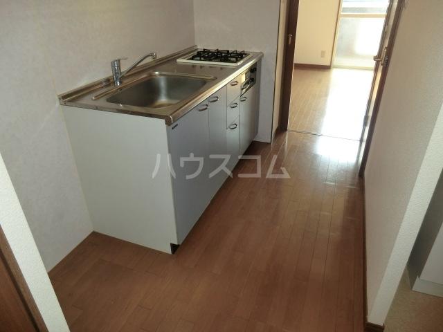 ベイコート 101号室のキッチン