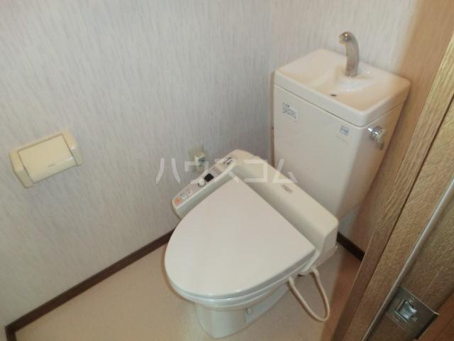 ベイコート 101号室のトイレ