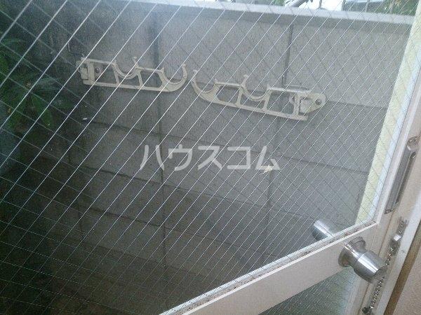 アップル春日井 206号室のバルコニー