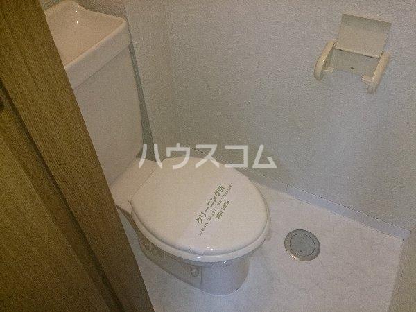 アップル春日井 206号室のトイレ