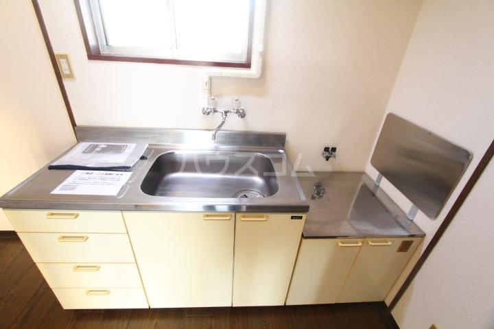 グリーンハイツ武田 2D号室のキッチン