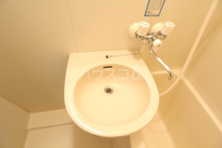 グリーンハイツ武田 2D号室の洗面所