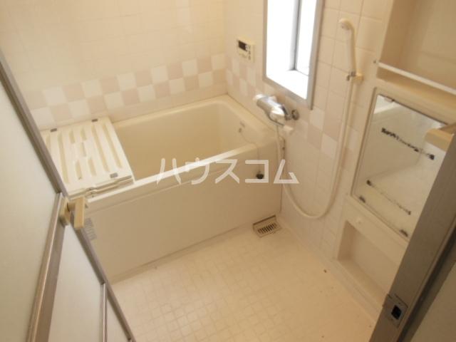 サンシティパークヒルズ秋葉台 801号室の風呂