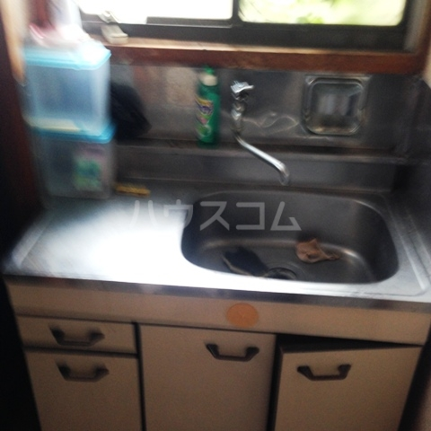 ビットストロング赤羽 102号室のキッチン