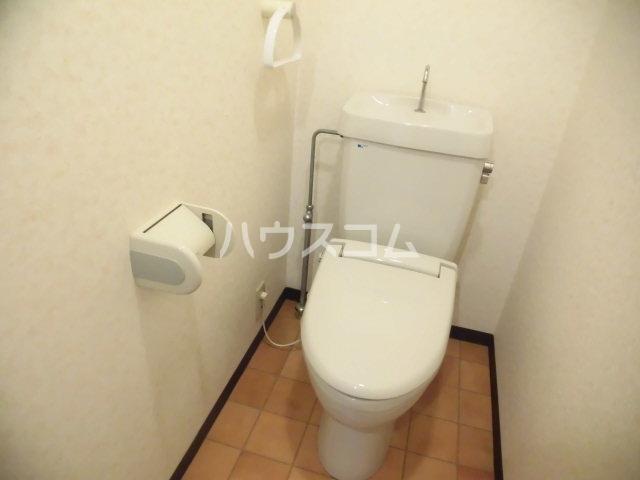 メゾン土呂第1 201号室のトイレ