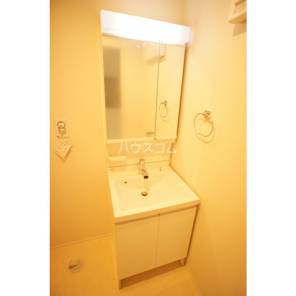 プランドール赤羽 101号室の洗面所
