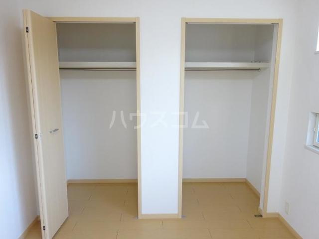 スィーニ 02010号室の収納
