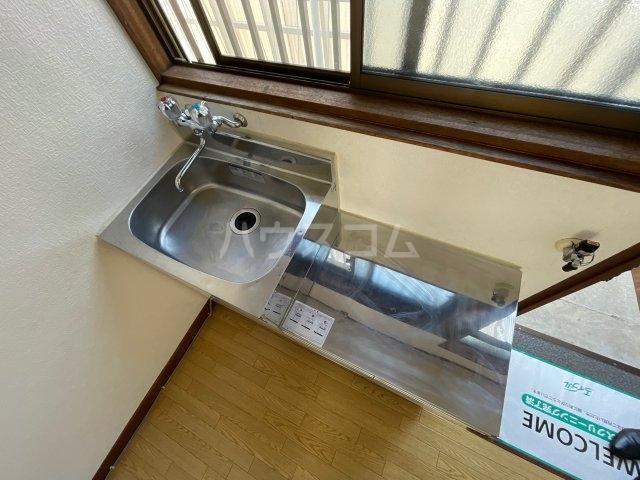 小澤荘 202号室のキッチン