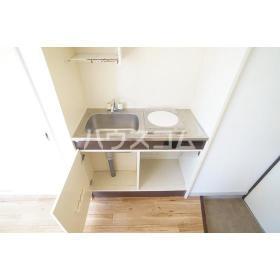 LUDICA町田 102号室のキッチン