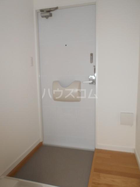 吉田ハイツ 103号室の玄関