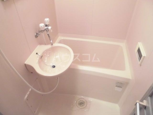 レインボービシュウ 106号室の風呂