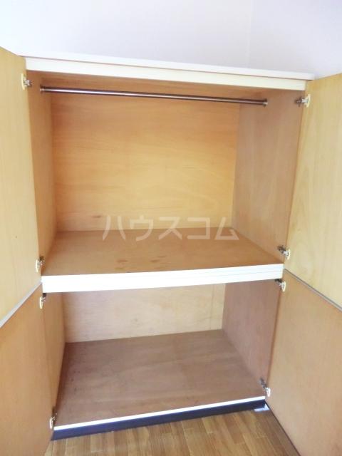 ローヤル石津Ⅱ 207号室の収納