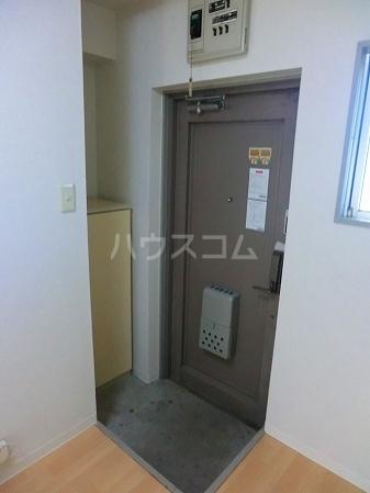 ローヤル石津Ⅱ 207号室の玄関